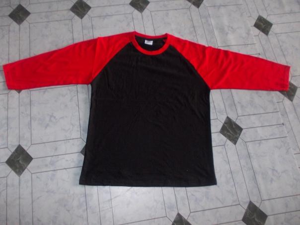 Raglan hitam merah