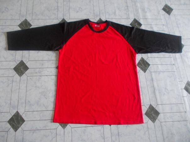 Raglan merah hitam